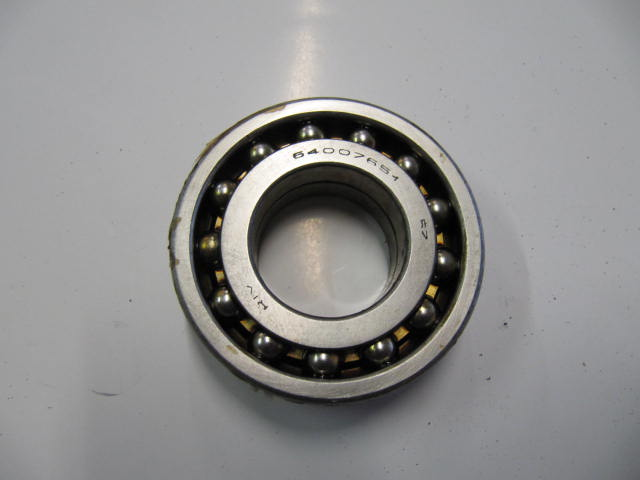 31-7813 - rear wheel bearing