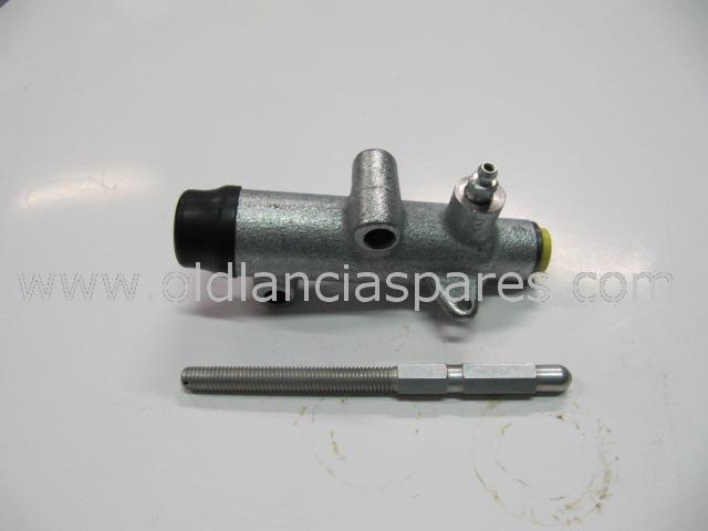 4412832 - clutch cylinder on gear box