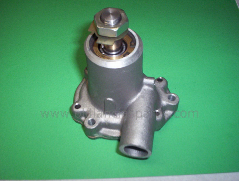 81190440 - Complete water pump