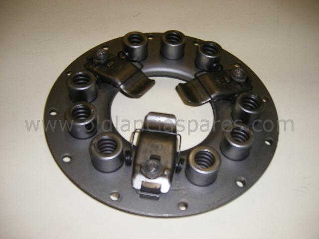 81300745 - clutch assembly