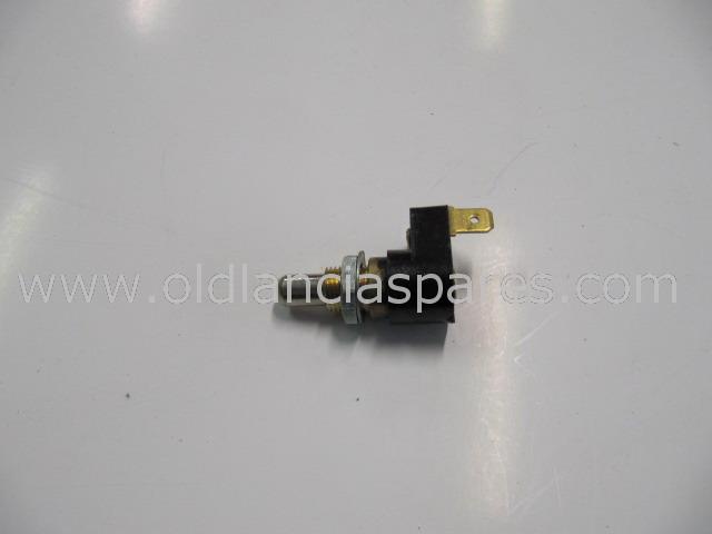 81703766 - door switch