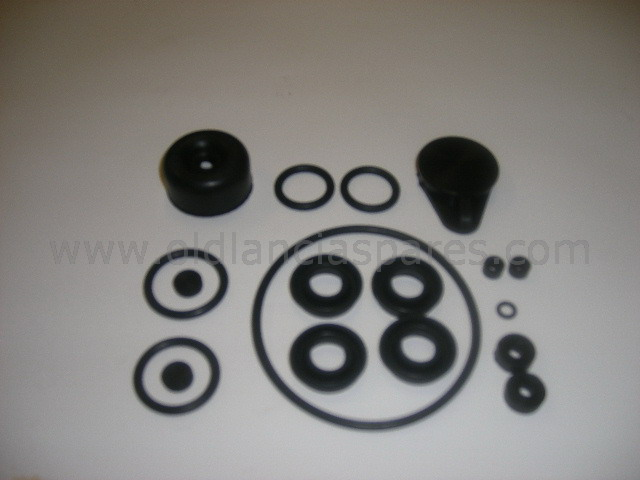 81791508 - sela kit master brake cylinder