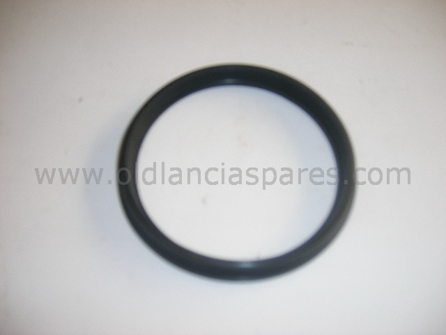 82103557 - oil filter gasket