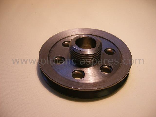 82125853 - Pulley crank shaft