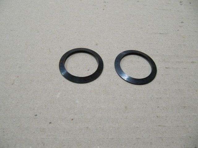 82133074 - domed washer front suspension