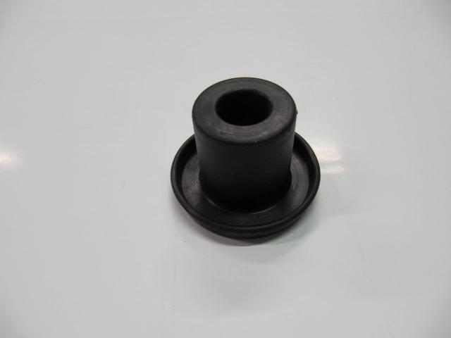 82136814 - tassello sostegno motore inf serie 1