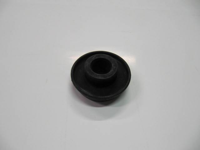 82136815 - tassello sostegno motore inf