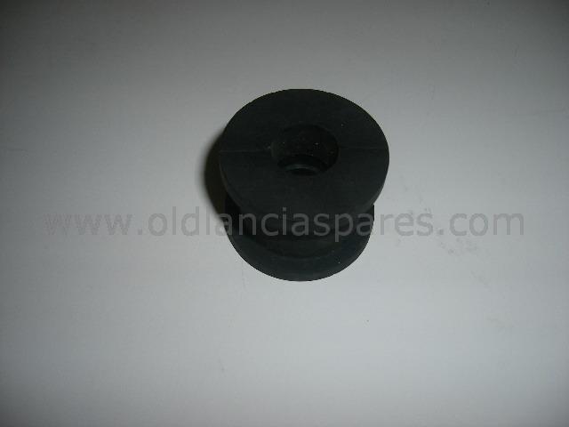 82160299 - silentblock rear bar