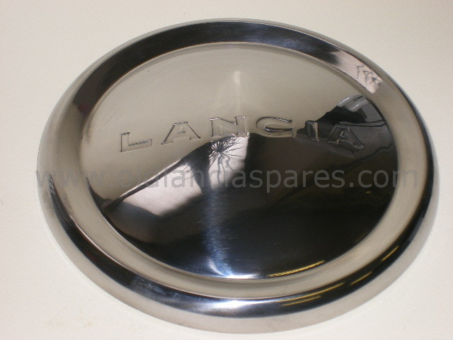 82203681 - Hub cup wheel