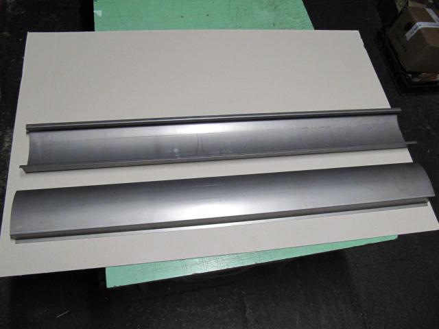 cav617 - pair sheet under the door