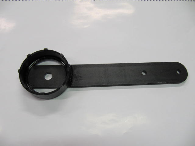 cav720 - key for rear little ring nut